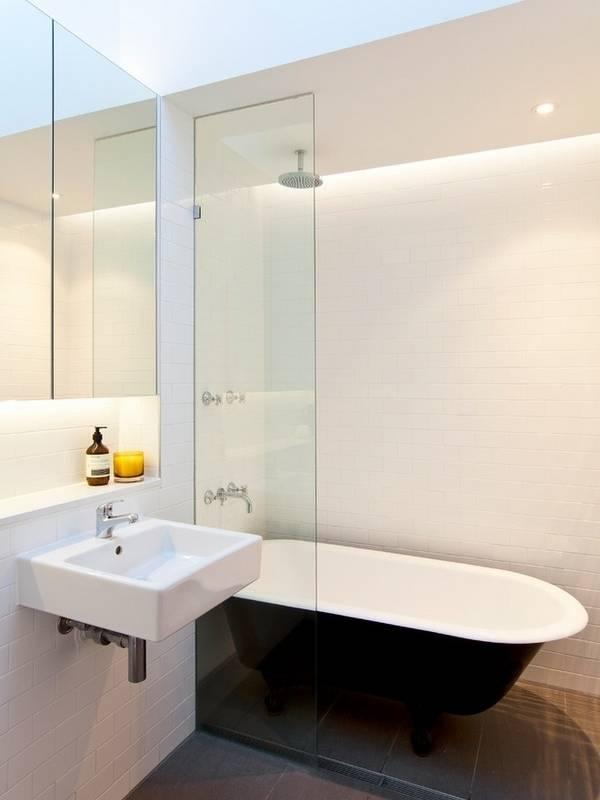 Душевые ограждения из стекла для ванны