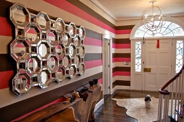 Необычный дизайн прихожей в частном доме