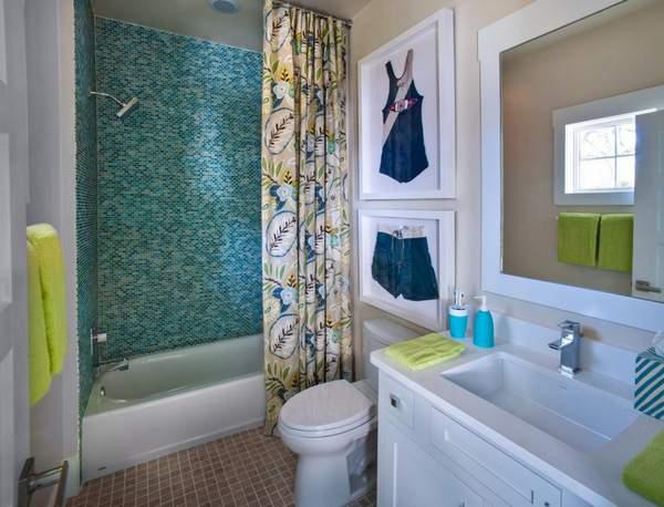 Дом по фэншую - фото маленькой ванной комнаты