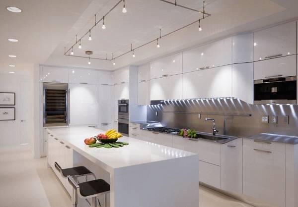 Современные потолочные светильники для кухни - спот-система фото