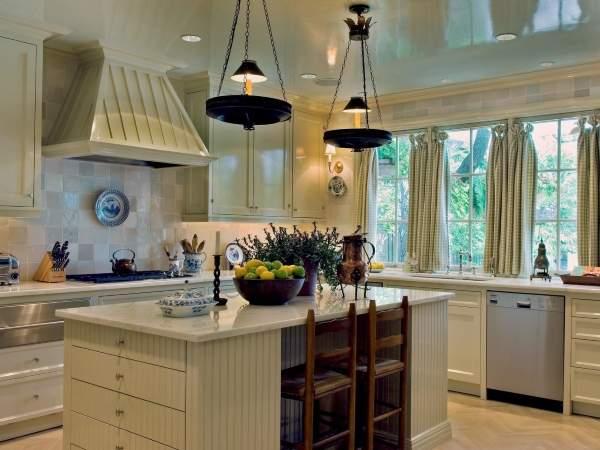 Зеленые шторы для кухни в стиле прованс