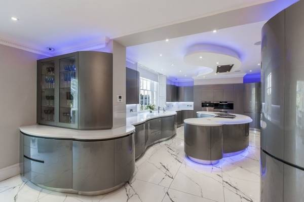 Светодиодная подсветка для кухни в современном стиле