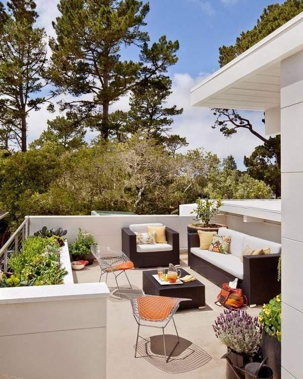 Открытая летняя терраса к дому фото в современном стиле