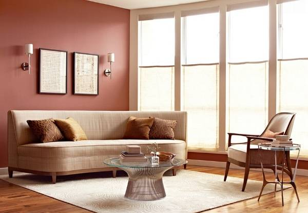 Расположение мебели по фен шуй в красной гостиной