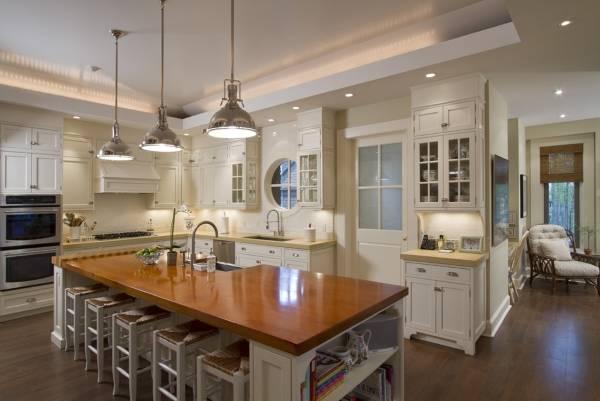 LED подсветка кухни с двухуровневым потолком