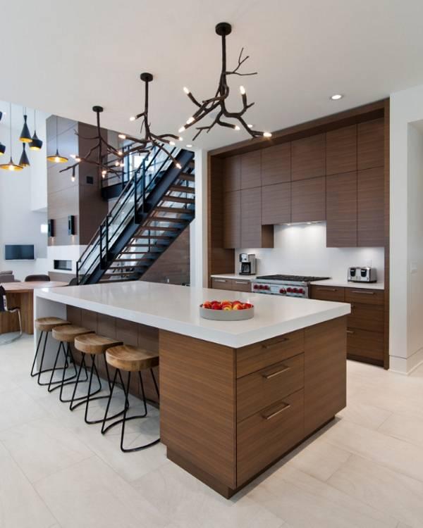 Креативные современные люстры для кухни - фото интерьера