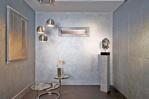 Декоративная краска для стен в квартире с эффектом металлик
