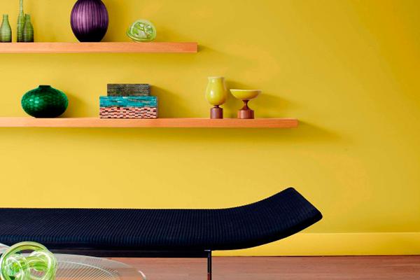 Акриловая краска для стен и потолков в дизайне квартиры