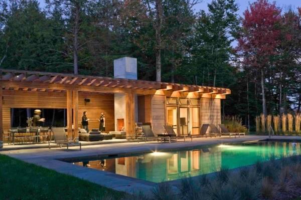 Внешняя отделка деревянного дома - фото сайдинга