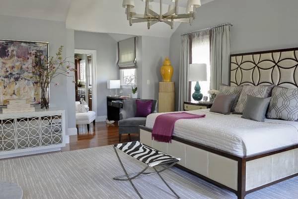 Дизайн интерьера спальни в современном стиле и с яркими узорами