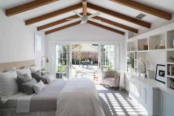 Дизайн спальни в светлых тонах - современные идеи 2016