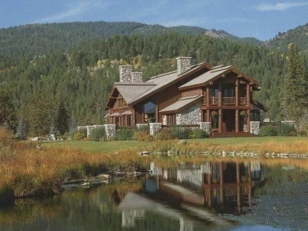 Красивые деревянные дома - фото подборка 2016 года