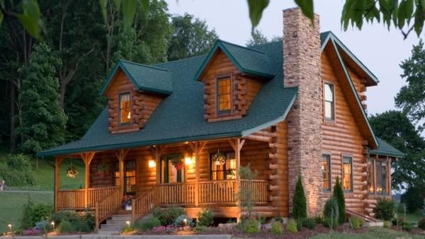 Фото деревянных домов из бруса с зеленой крышей