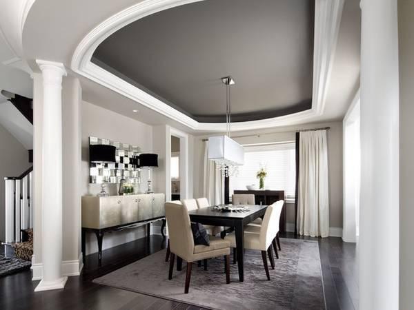 Элементы лепного декора из пенопласта в дизайне гостиной