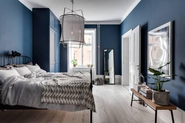 Фото спальни в современном стиле и синем цвете