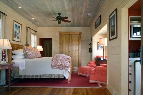 Деревенский дизайн спальни - фото в современном стиле