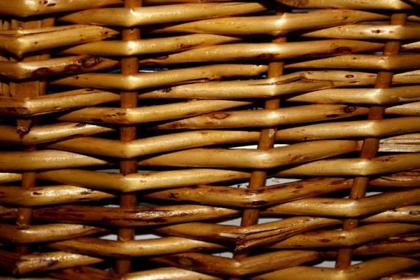 Как выглядит плетеная мебель из лозы на фото