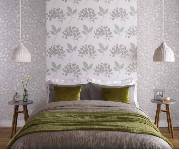 Нежное сочетание обоев - фото с узорами в спальне