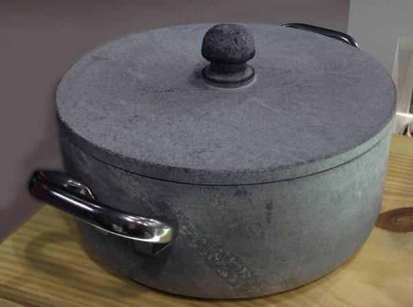 Каменная кастрюля для медленного приготовления