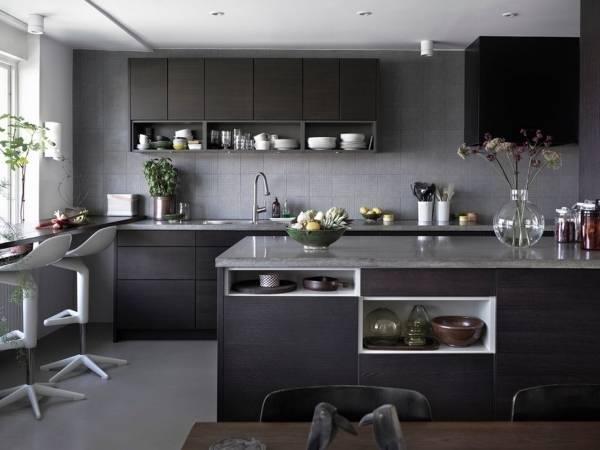 Стильные кухни - фото в темных тонах и стиле минимализм