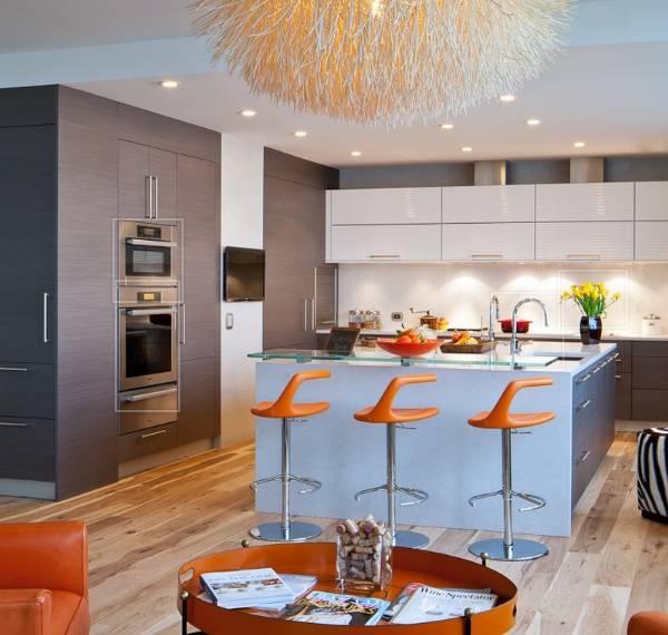Самые красивые кухни - фото в ярких тонах