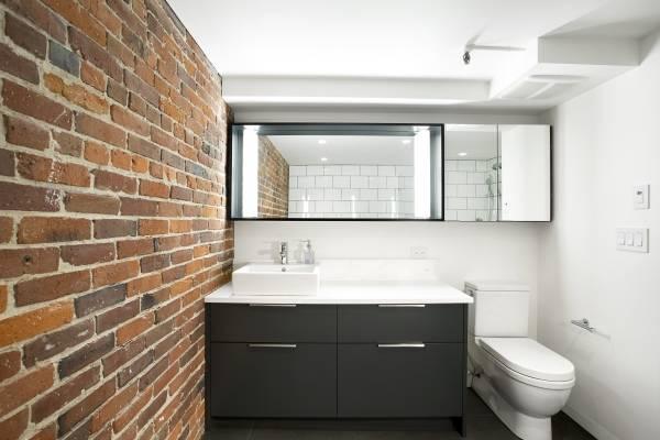 Современная мебель для ванной комнаты в стиле лофт