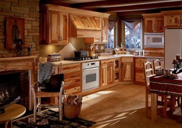 Красивый современный дизайн интерьера деревянного дома