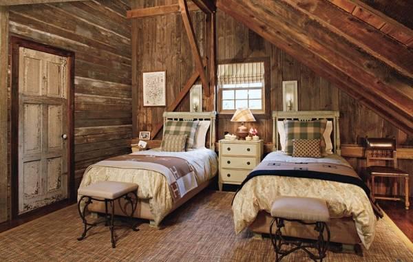 Как оформить мансарду в деревянном доме