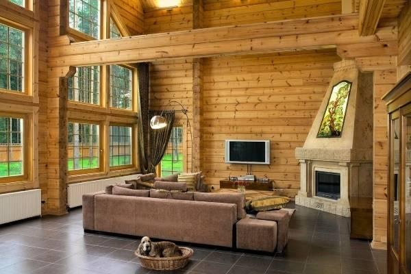 Интерьер деревянного дома из клееного бруса - фото внутри