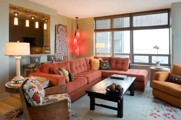 Индийский интерьер гостиной - фото мебели и декора