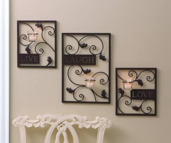 Кованые подсвечники - фото в черном цвете