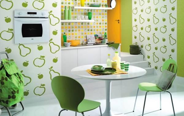Круглый стол как вариант для обеденной зоны на маленькой кухне