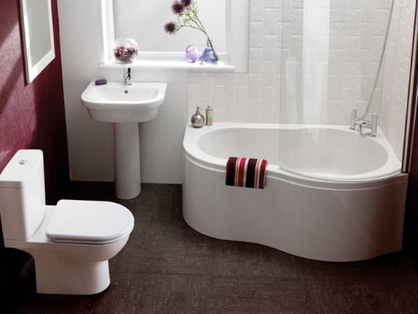 Совмещенный санузел с ванной и душем одновременно