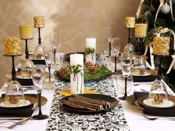 Украшение новогоднего стола с природными материалами