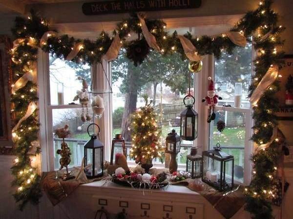 Волшебное оформление окон на Новый год - фото в интерьере