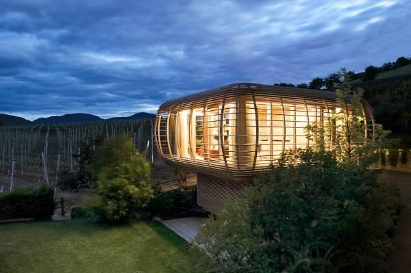 Необычные деревянные дома в стиле хай тек