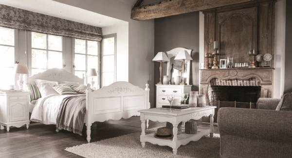 Дизайн спальни прованс с красивой мебелью