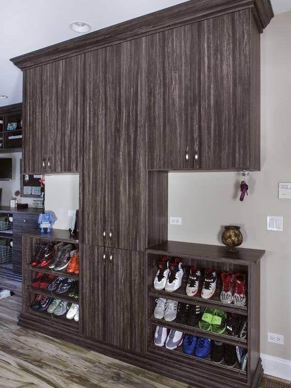 Современный дизайн шкафа в прихожей