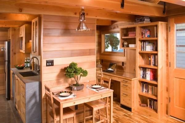 Деревянный дом с отделкой вагонкой внутри