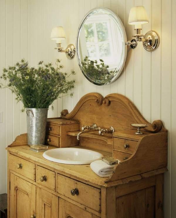 Старинная тумба под раковину в ванной своими руками