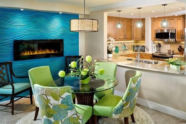 Обеденная зона на кухне - фото в синих и зеленых тонах