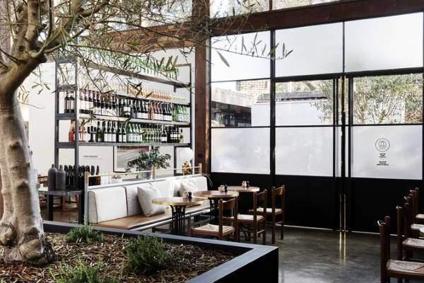 Уютный дизайн интерьера кафе Second Home