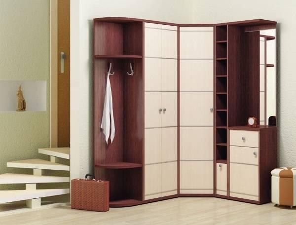 Стильный угловой шкаф в прихожую - фото дизайн идеи 2016