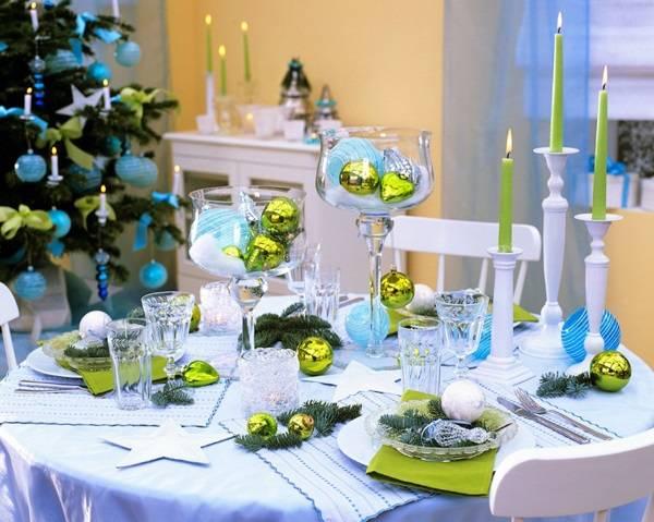 Украшение новогоднего стола 2017 - фото в интерьере