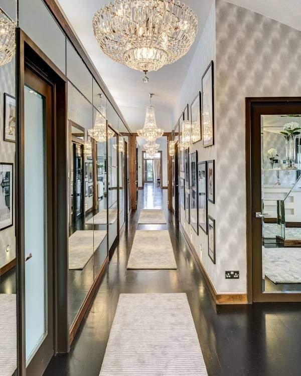 Шикарные люстры в узкий коридор - дизайн фото с зеркалами