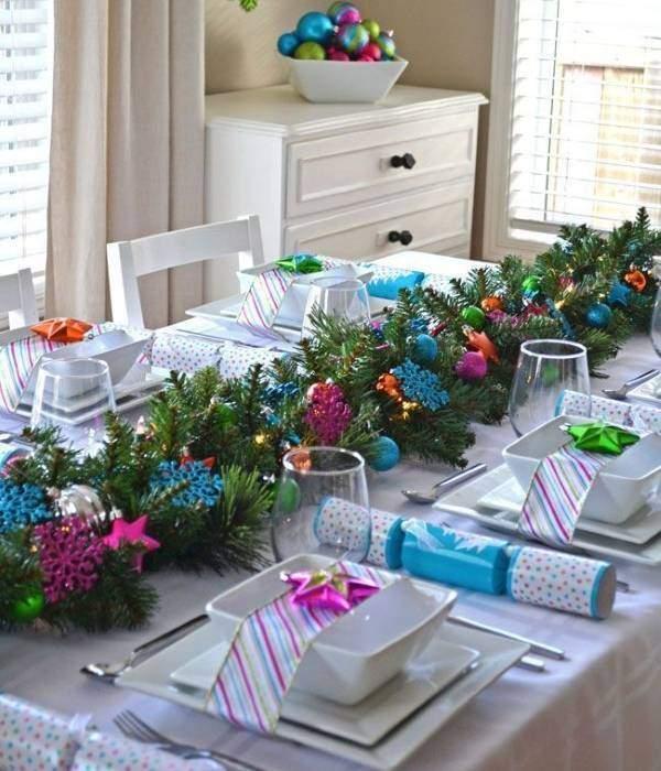 Оформление новогоднего стола своими руками - фото подборка идей