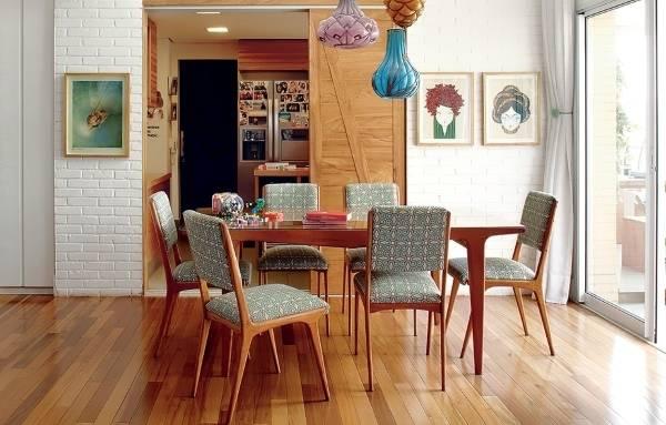 Белая кирпичная стена в интерьере дома - фото