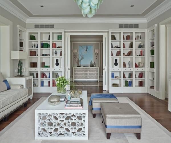 Встроенная белая стенка в гостиную - фото