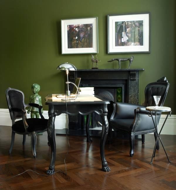 Модный темно-зеленый цвет в интерьере