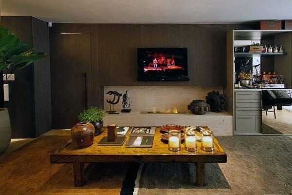 Гостиная с био камином в квартире